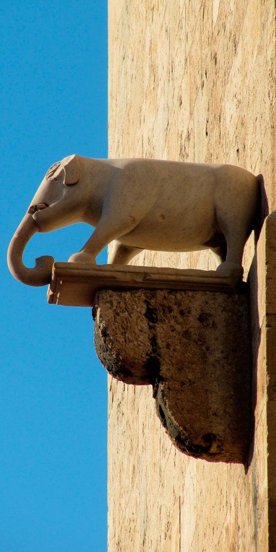 particolare-torre-elefante