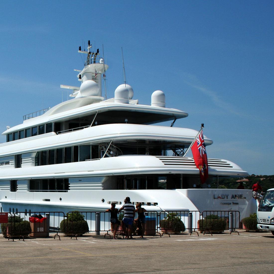 porto-cervo-yacht-quadra