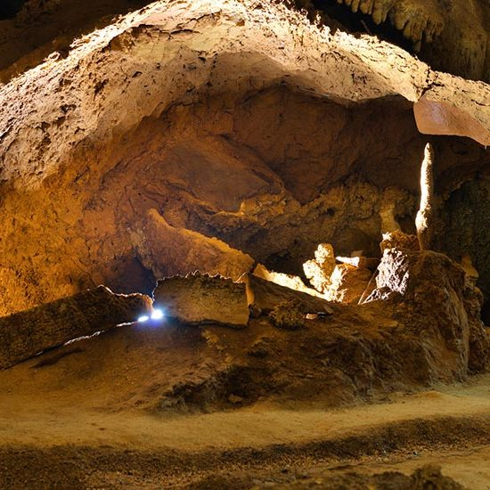 img-grotte-interno-2